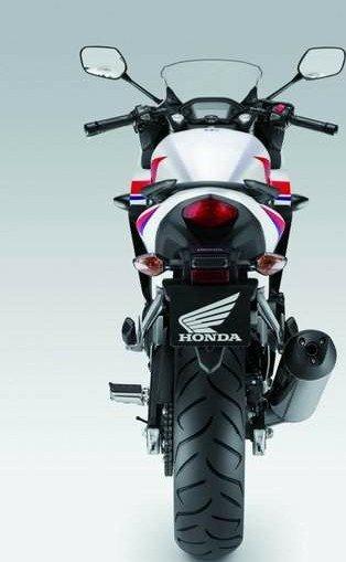 701723504_Honda20CBR500201320204(2).jpg.c539db52019366bd8531d5bea4ba2aa2.jpg