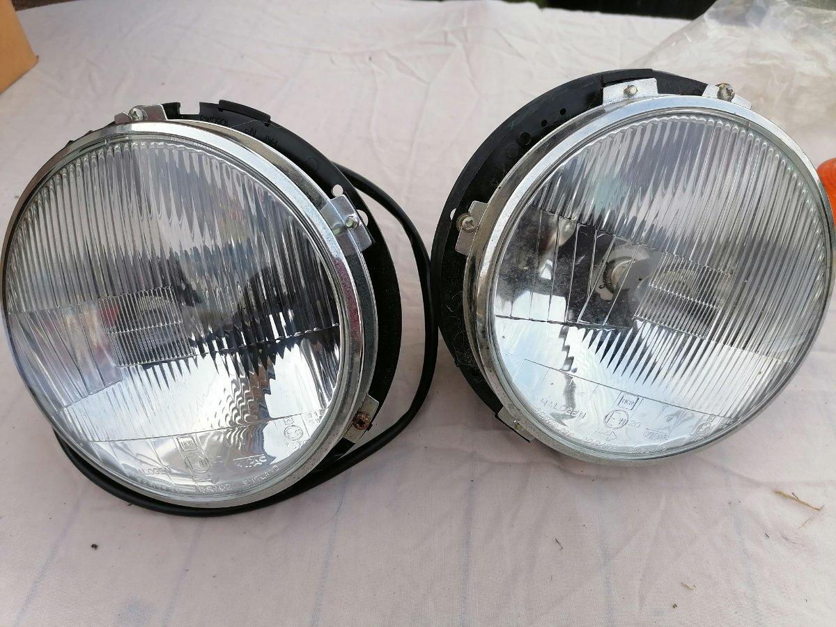 headlights (2).jpg